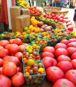 ashland, oregon, organic market, farmers market, rogue valley growers market, bayberry inn, B&B, healthy vegetables, fruit, non-gmo, locally grown